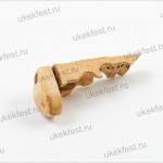 Фрагмент костяной резной рукояти с затыльником.